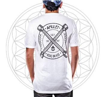 Camiseta Amulet Street