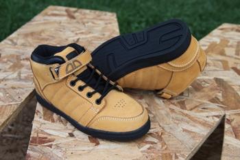 Zapatos Fade Team Amarillos Suela Negra Niños